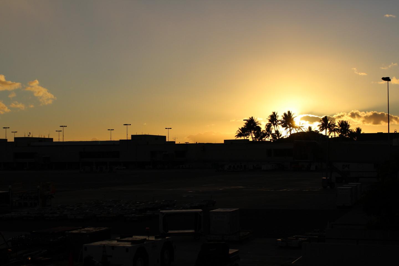 ホノルル空港夕焼けの写真