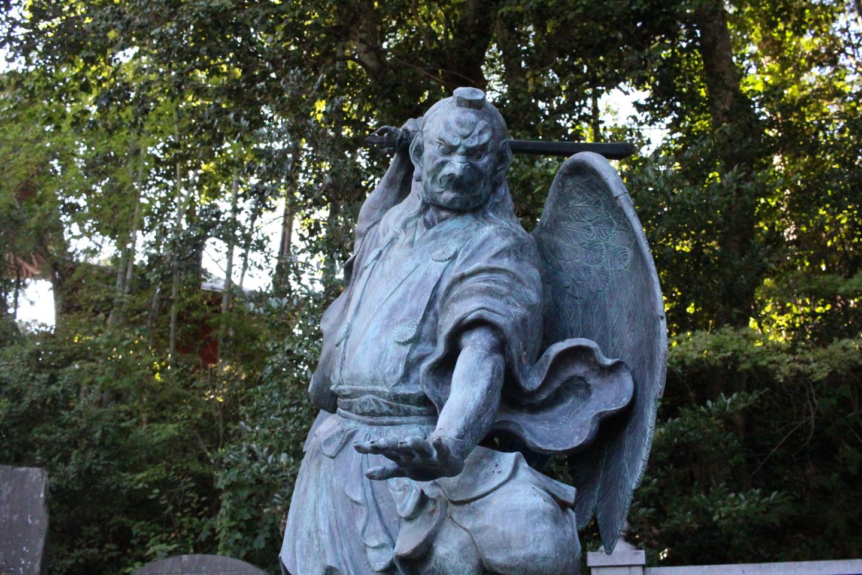 高尾山薬王院の天狗の写真