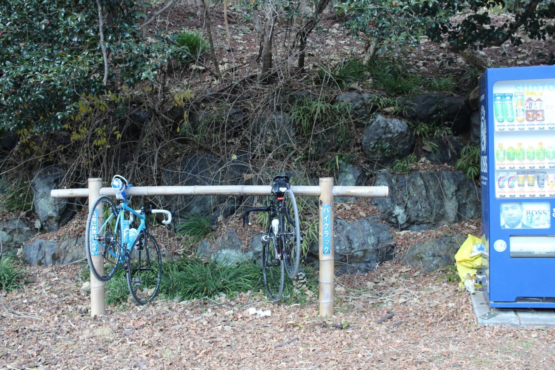 飯能市 竹寺のバイクラックの写真