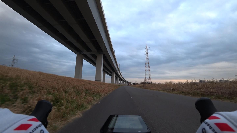 荒川サイクリングロード 荒川と中川の間
