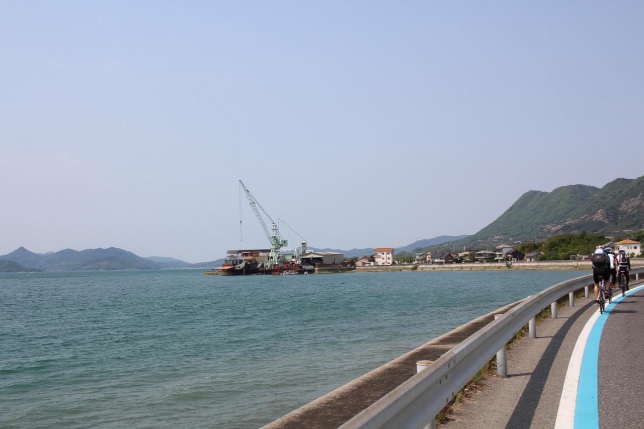 しまなみ海道 生口島から見える海の写真