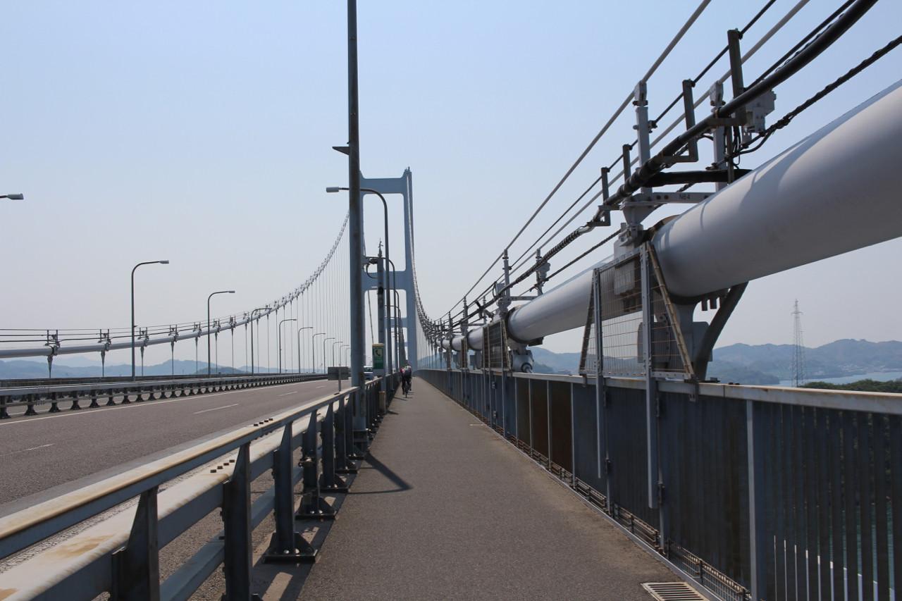 しまなみ海道 大島から四国本島へかかる橋の写真