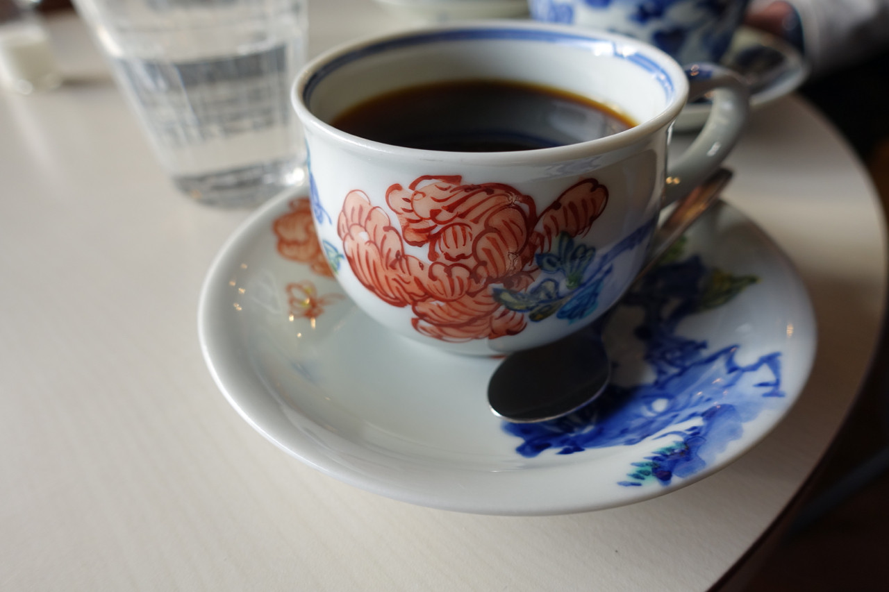 二三味珈琲カフェのコーヒーの写真