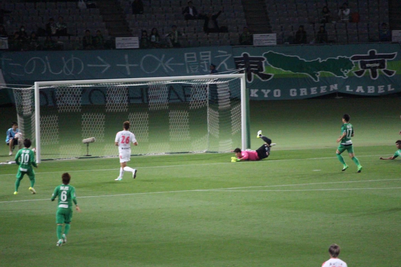 J2 第14節 東京V VS 千葉 アランピニェイロ選手のゴールの写真