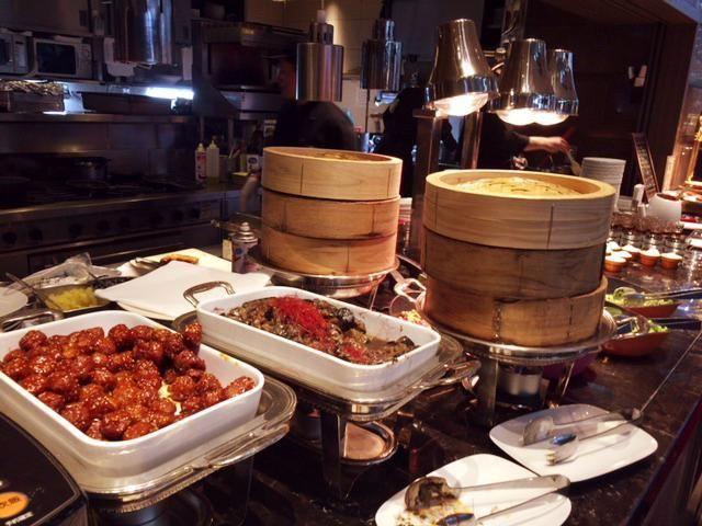 東京マリオットホテルの朝食の飲茶など中華