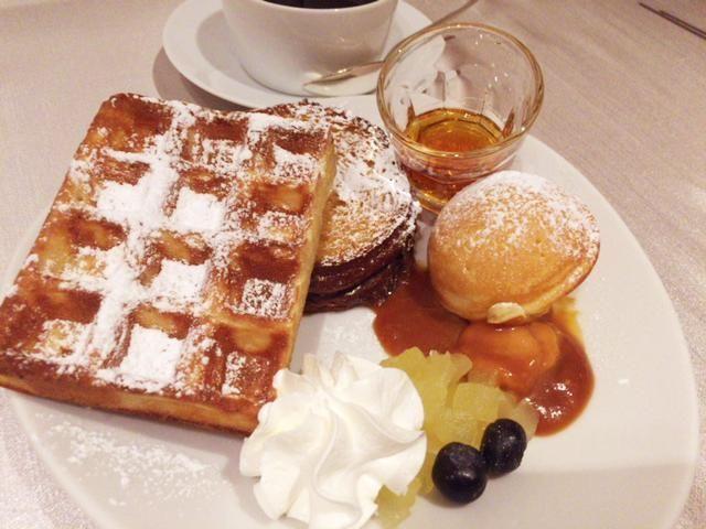 東京マリオットホテルの朝食のパンケーキやワッフル