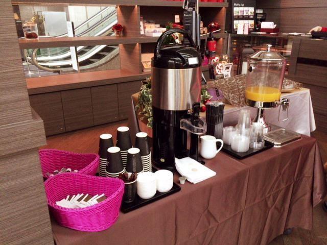 東京マリオットホテルの朝食のコーヒーはテイクアウト可能