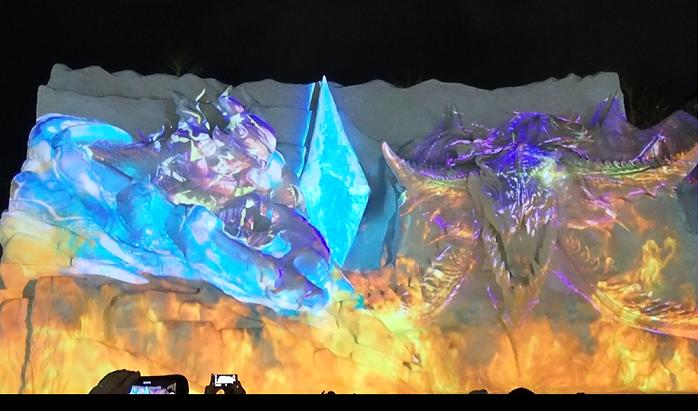 ファイナルファンタジー雪像のプロジェクションマッピング