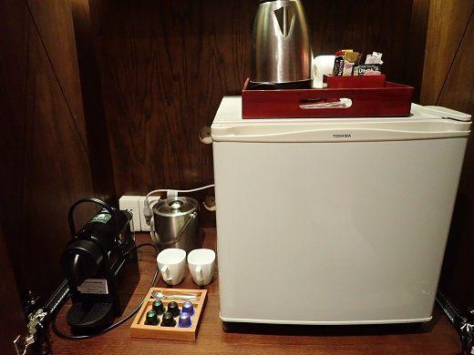 アナンタラホイアンデラックスバルコニーのコーヒー