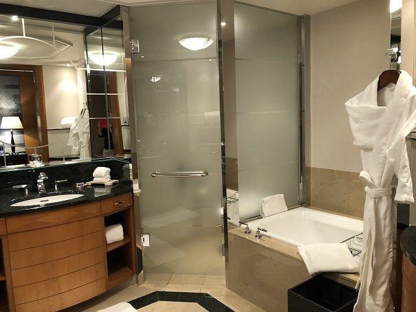 リッツカールトン東京のバスルーム