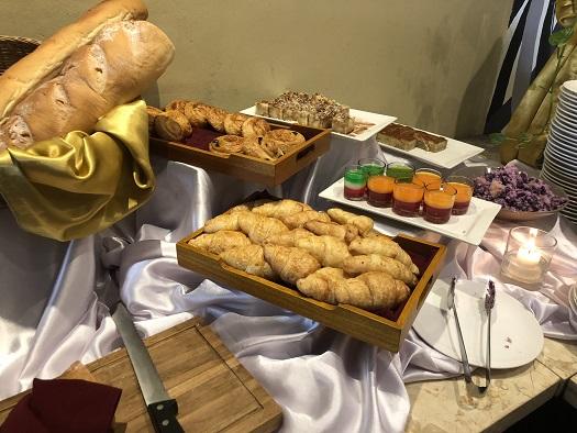 アディジャホテルの朝食