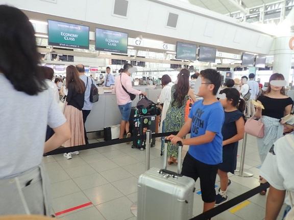 GWの福岡空港の様子