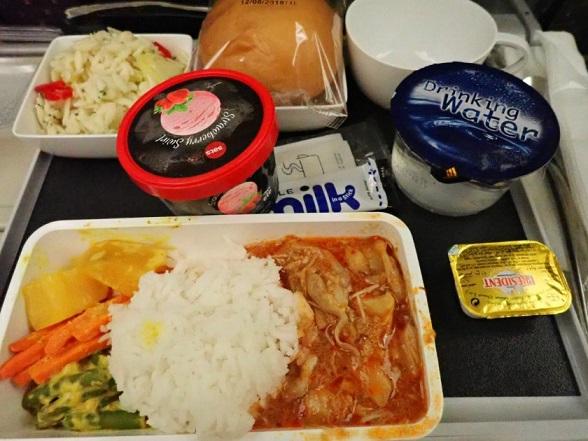 シンガポール航空機内食