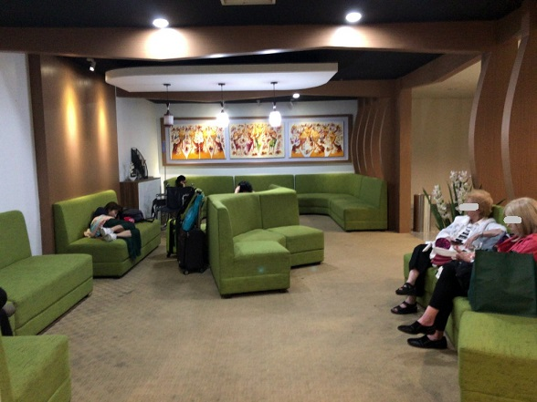 バリのングラライ国際空港休憩所