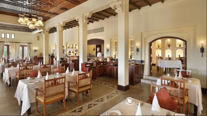 アルマハ・ラグジュアリーコレクション・デザートリゾート&スパのレストラン