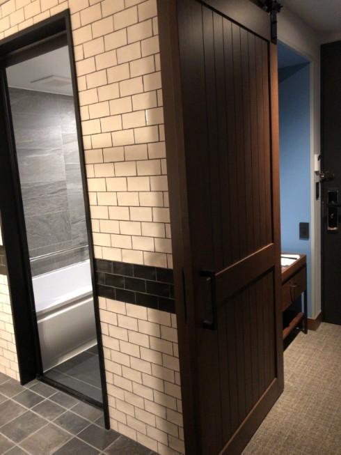 フォーポイントバイシェラトン名古屋のバスルーム