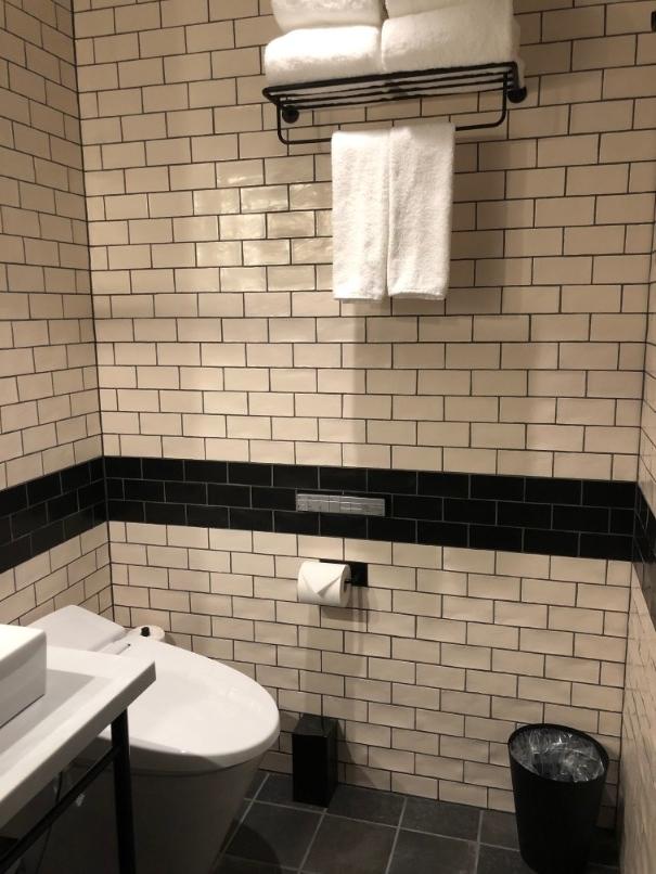 フォーポイントバイシェラトン名古屋のトイレ