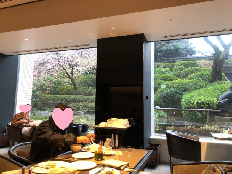 リストランテ カフェ チリエージョの朝食会場の雰囲気