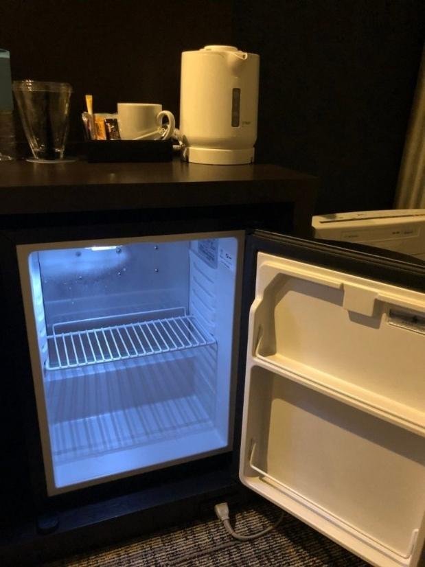 シェラトン函館コージーゲストルームの冷蔵庫