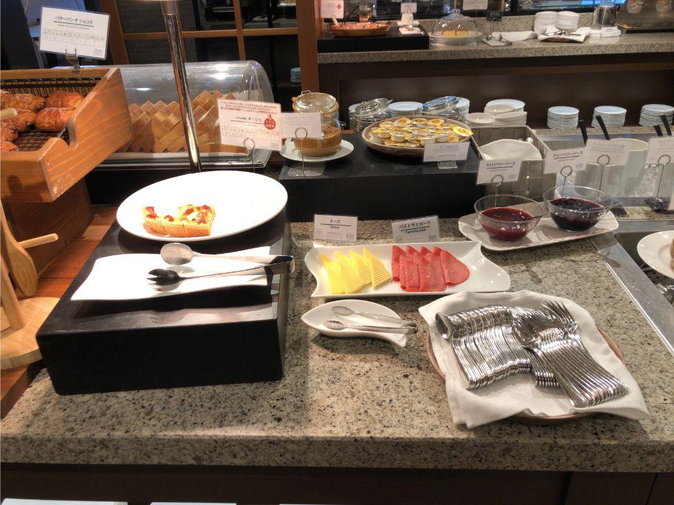 フォーポイントバイシェラトン函館の朝食(ハムチーズ)