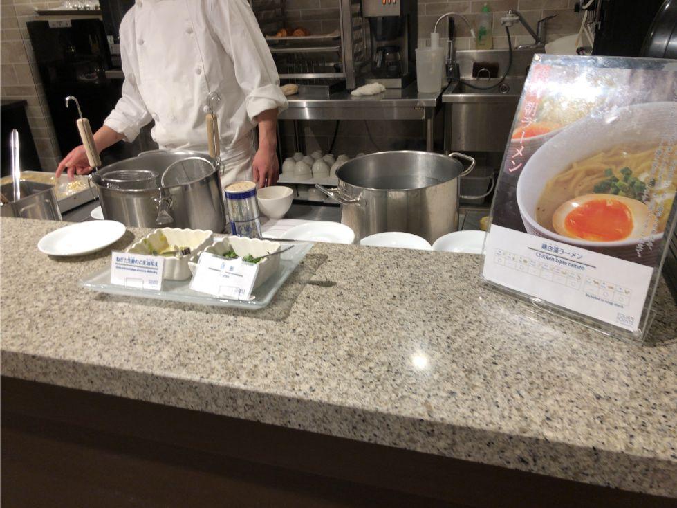 フォーポイントバイシェラトン函館の朝食(ラーメン)