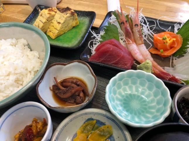 函館どんぶり横丁で食べた食事