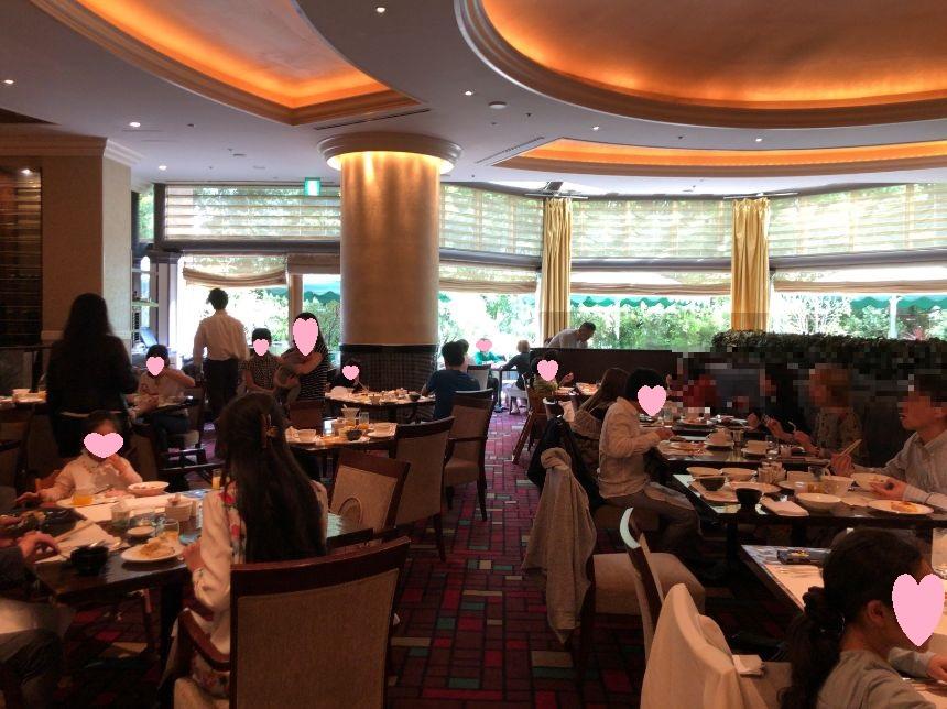 ウエスティン東京「ザ ・テラス」の朝食雰囲気