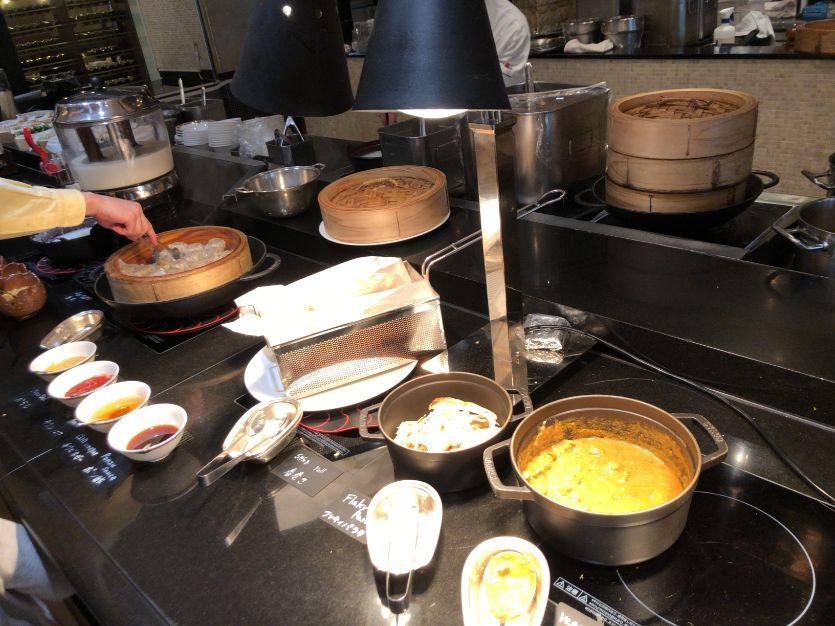 ウエスティン東京「ザ ・テラス」の朝食麺類