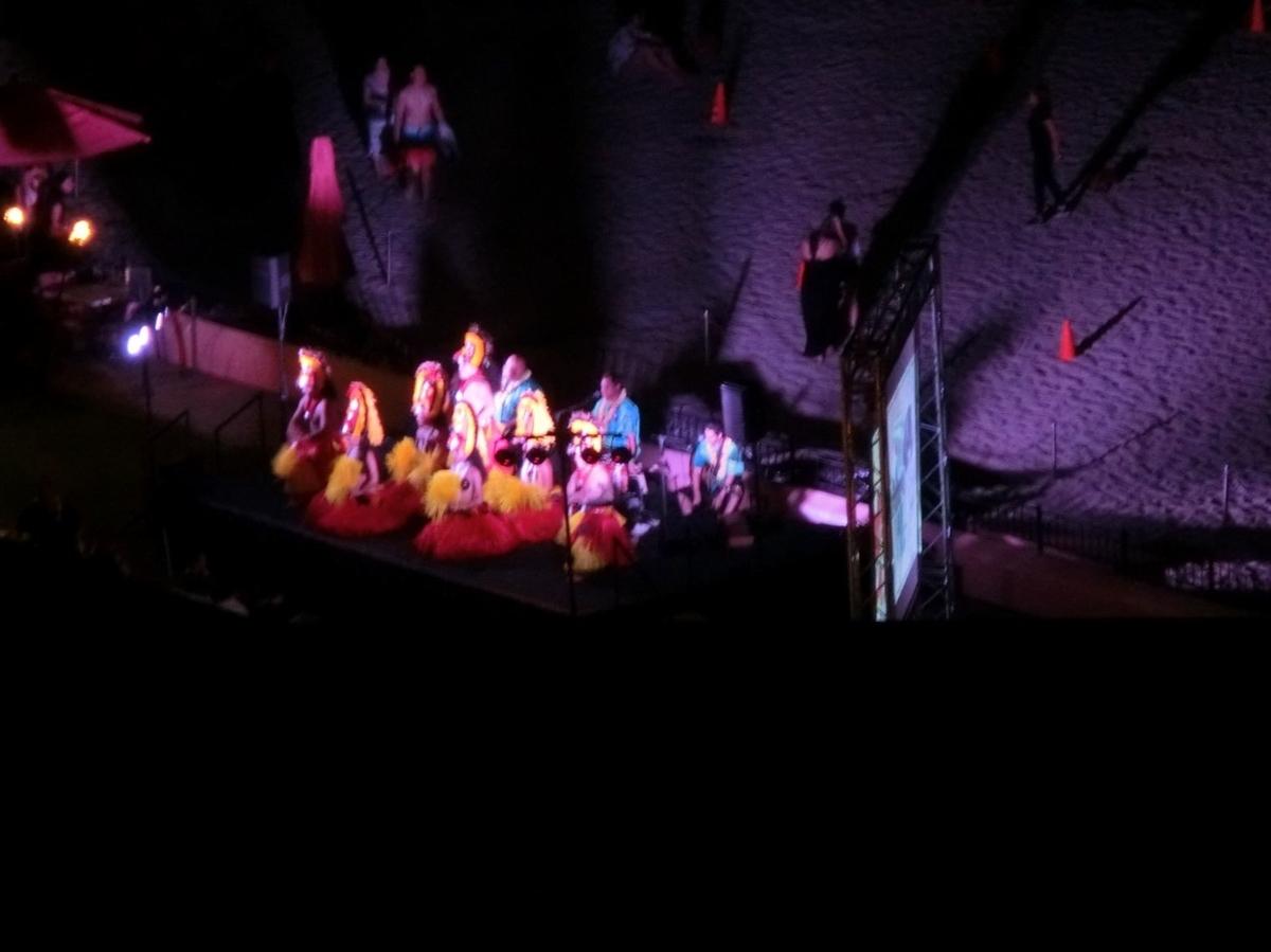 シェラトンワイキキの夜のショー