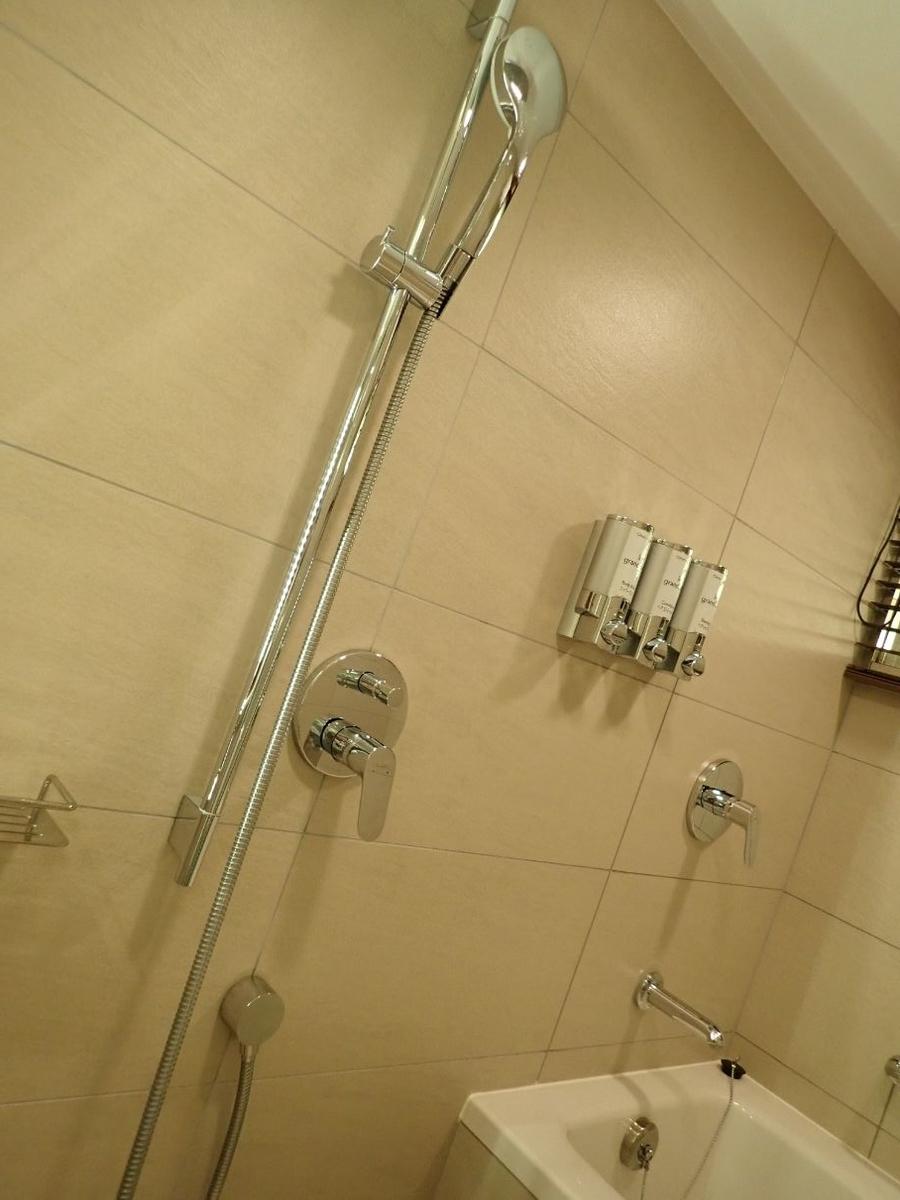 シェラトン沖縄サンマリーナリゾートのパーシャルダブルルームのバスルーム
