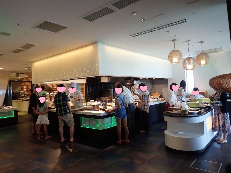 シェラトン沖縄サンマリーナリゾートの朝食会場SENSES