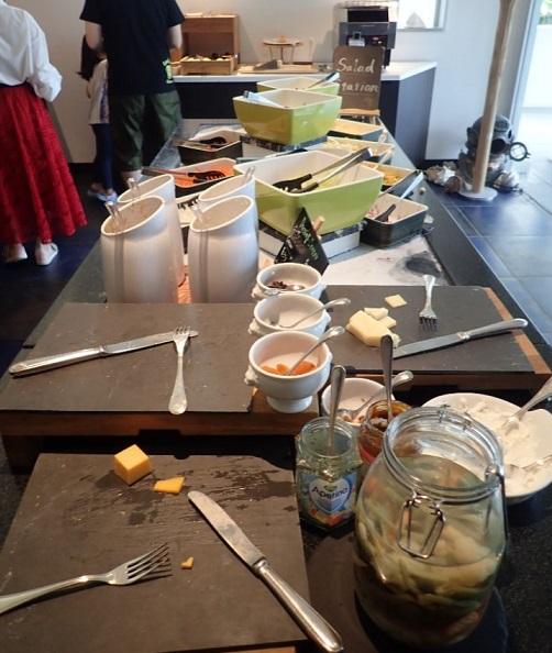 シェラトン沖縄サンマリーナリゾートの朝食サラダ・チーズ