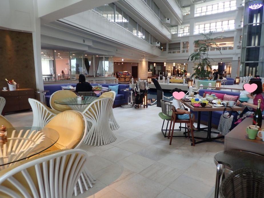 シェラトン沖縄サンマリーナリゾートの朝食会場
