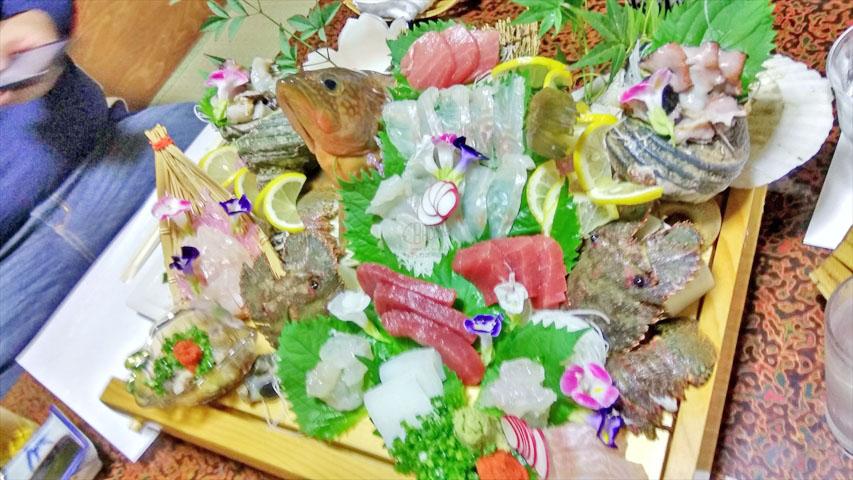 喜久屋寿司の盛り合わせ