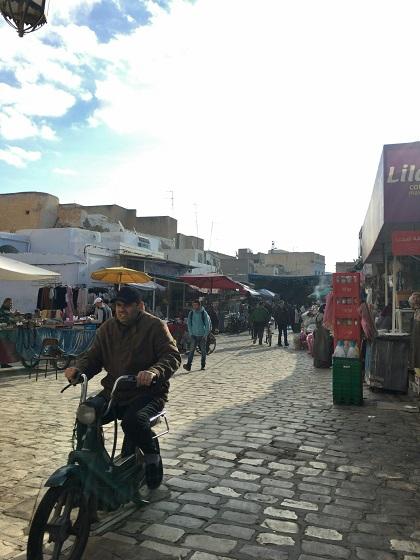 チュニジア ケロアン 個人旅行 世界遺産 メディナ