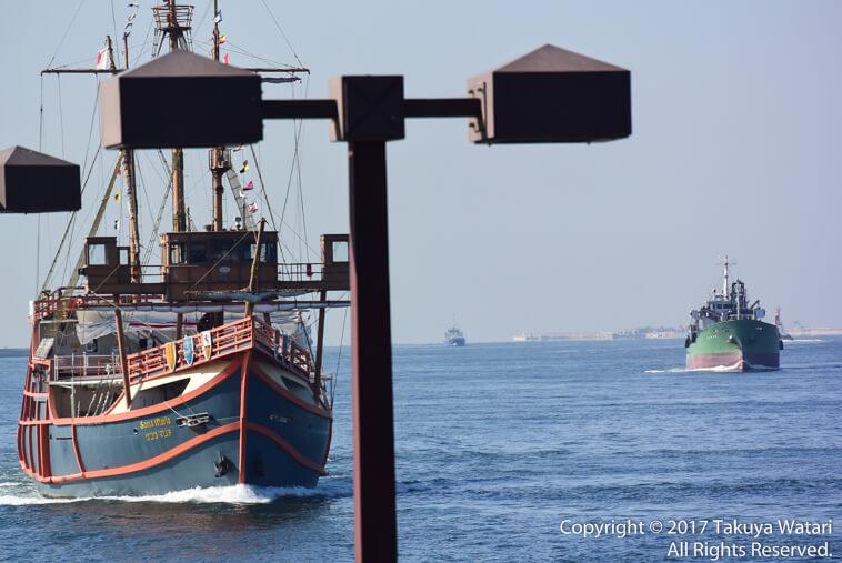 入港してくるサンタマリア号