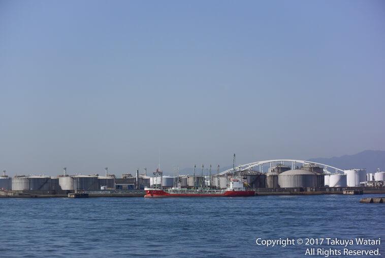 サンタマリア号から見えた工業地帯?かな