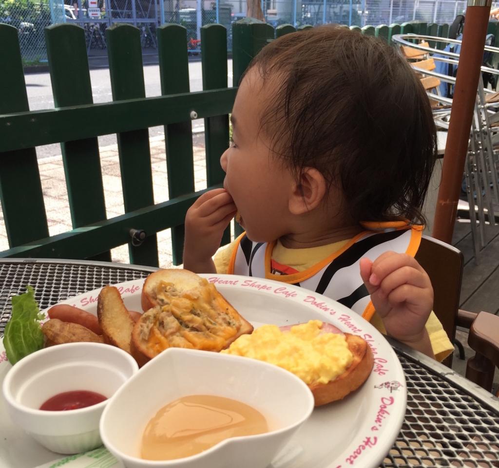 「子どもの泣き声NGなカフェについて」親・お店、もうひとつ大切な視点忘れてない?