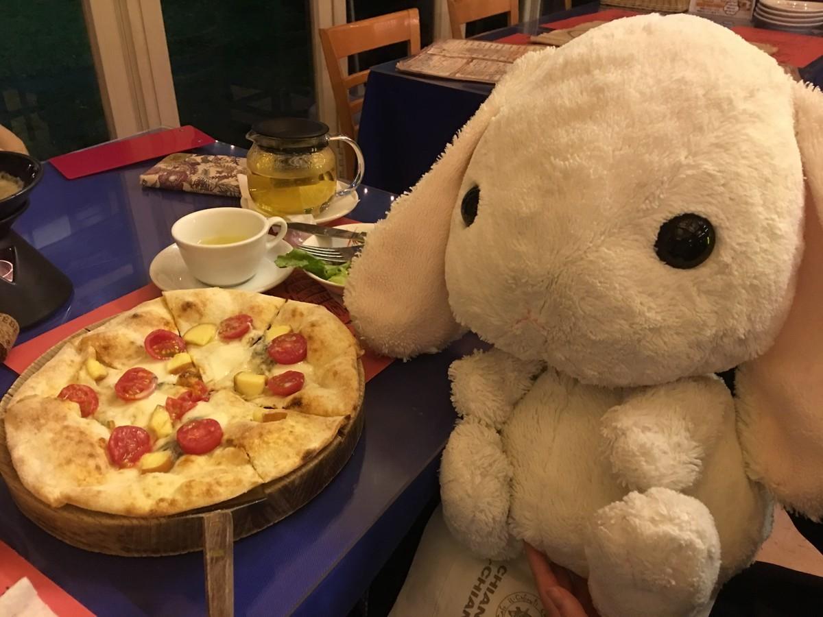 イタリア料理ピザ(pizza=ピッツァ)