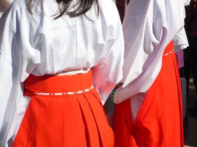 日本航空福岡空港地上スタッフが巫女さんで神社に派遣!全国初JALスタッフ宗像大社へ