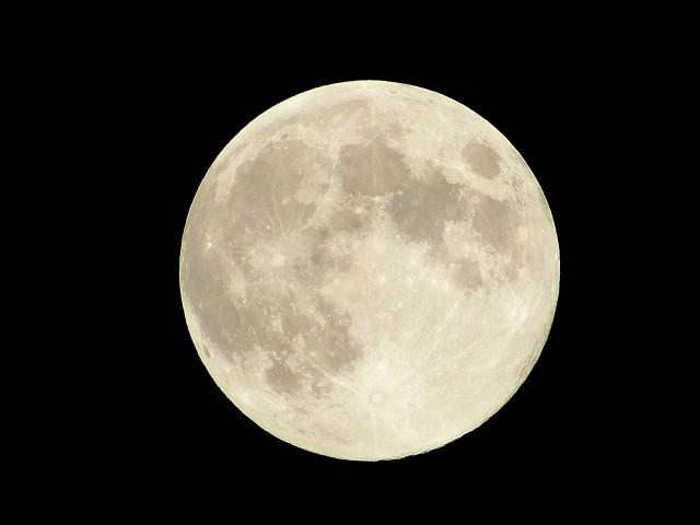 大地震予測!大地震は新月満月の前後に起きやすい!研究データー