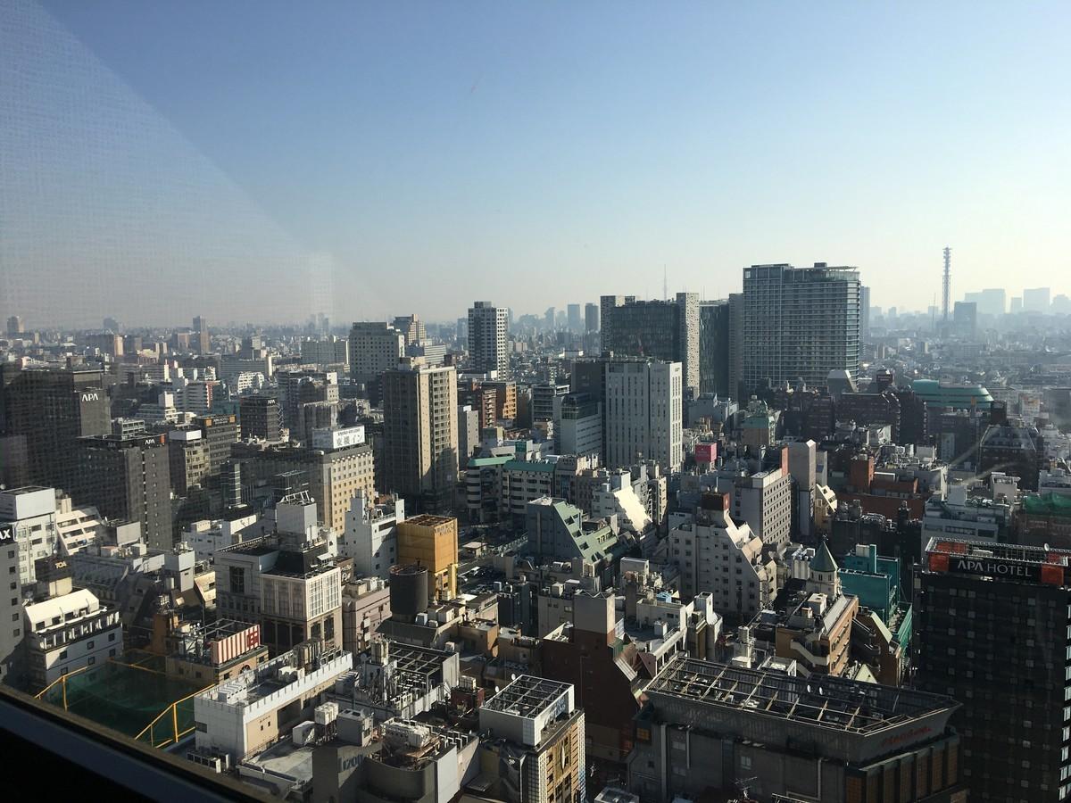 アパホテル歌舞伎町タワー28階からの景色
