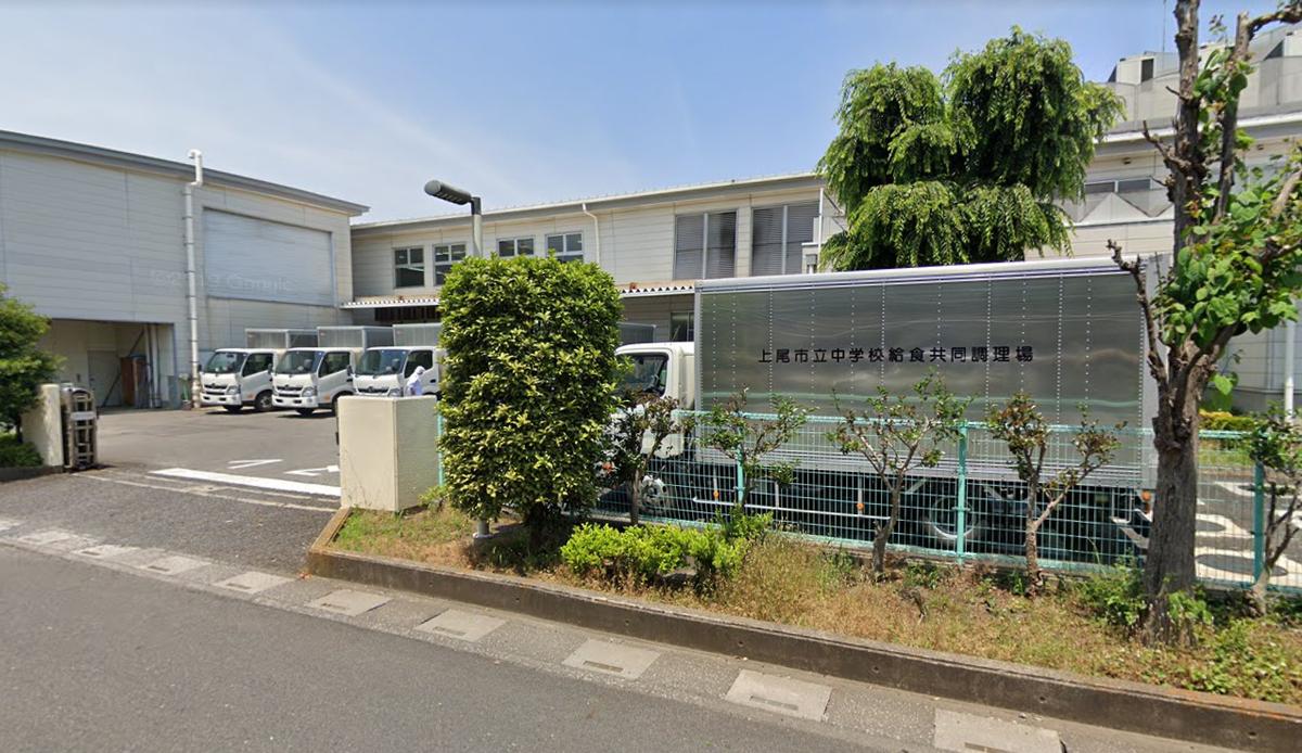埼玉県上尾市中学校給食、生徒700人中毒 ウエルシュ菌