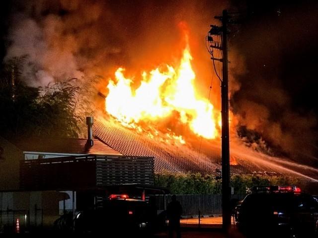 坂井市春江町境の住宅の車庫火災!バーベキューが原因
