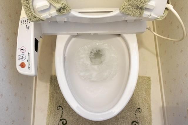 選手420人対してトイレ4個