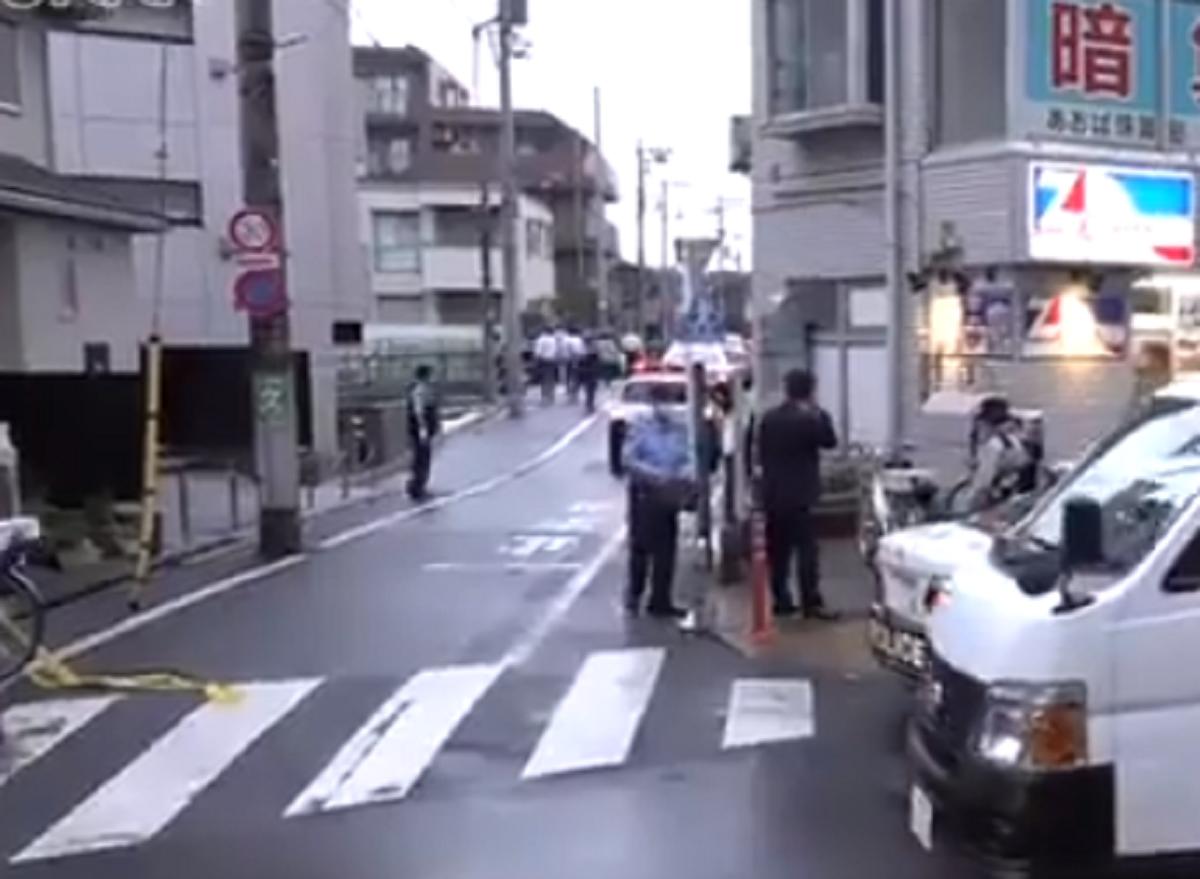 東京都練馬区大泉学園町で殺人事件!通り魔か自殺か?20代女性が刺されて意識不明!