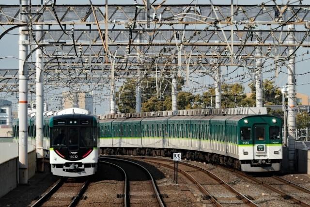 電車 事故 京阪