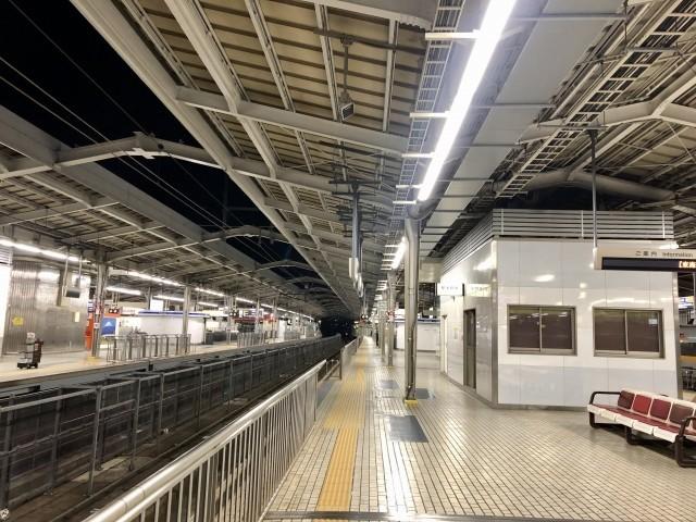 東海道線JR小田原駅でぼや!小田原駅で煙がでて火災の影響で一部列車に遅れ!