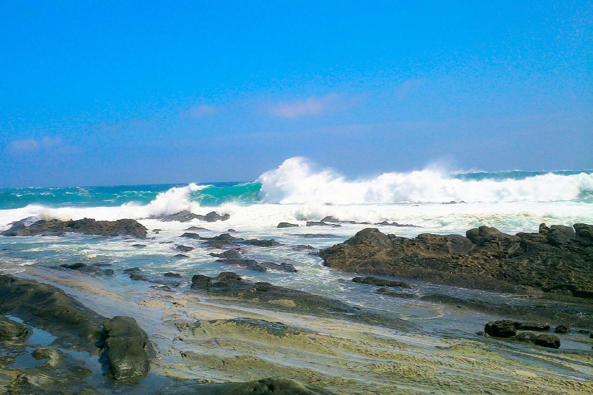 台風8号が発生!本州に接近のおそれ予想進路