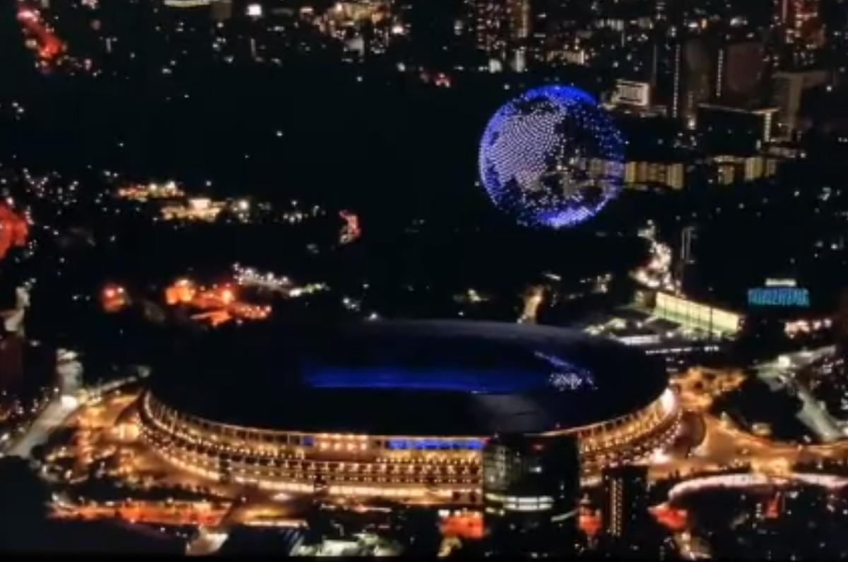 動画映像!東京オリンピックでピクトグラム1824機のドローンの演出に絶賛!